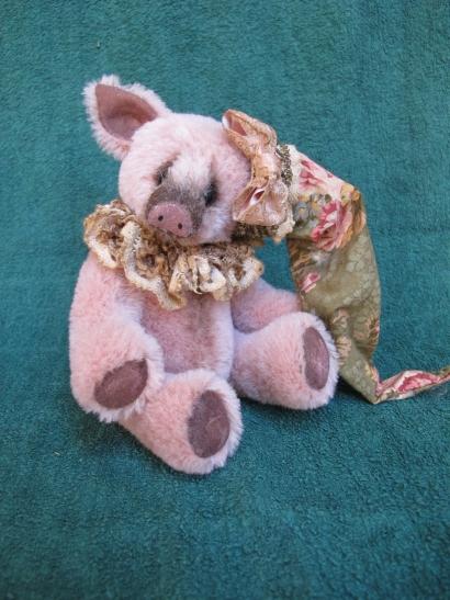 PIGGY BY MARNIE PANTANO