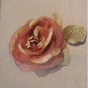 DUSKY PINK AND CREAM VELVET ROSE