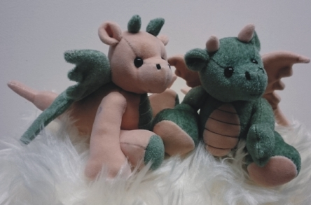 WEE DRAGONS By Lyn Kilmurray