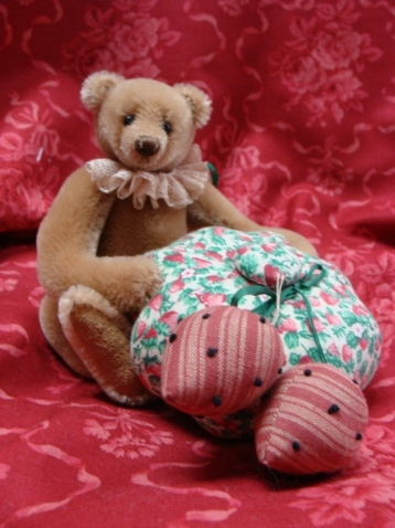 PINCUSHION BEAR 6""